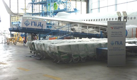 Wing Dock for A320 / B737